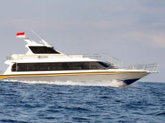 Crown Fast Boat